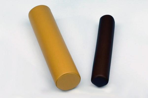 Vollrolle mit Bezug aus Ultraleder in zwei verschiedenen Größen