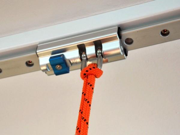 Grossaufnahme beweglicher Standardschlitten mit Schlingentrainer